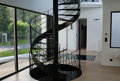 chantier-escalier-helicoidal-saubion